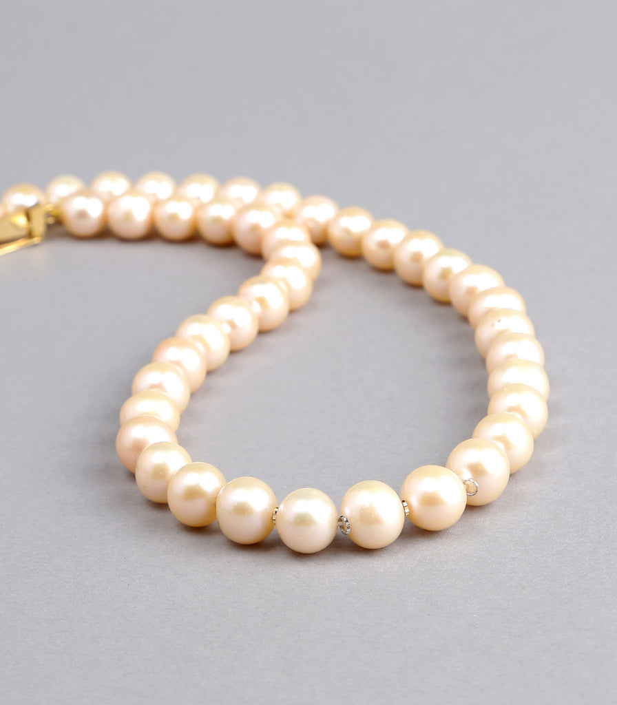 Single Strand Pink Fresh Water Pearls Necklace with Gold Rings
