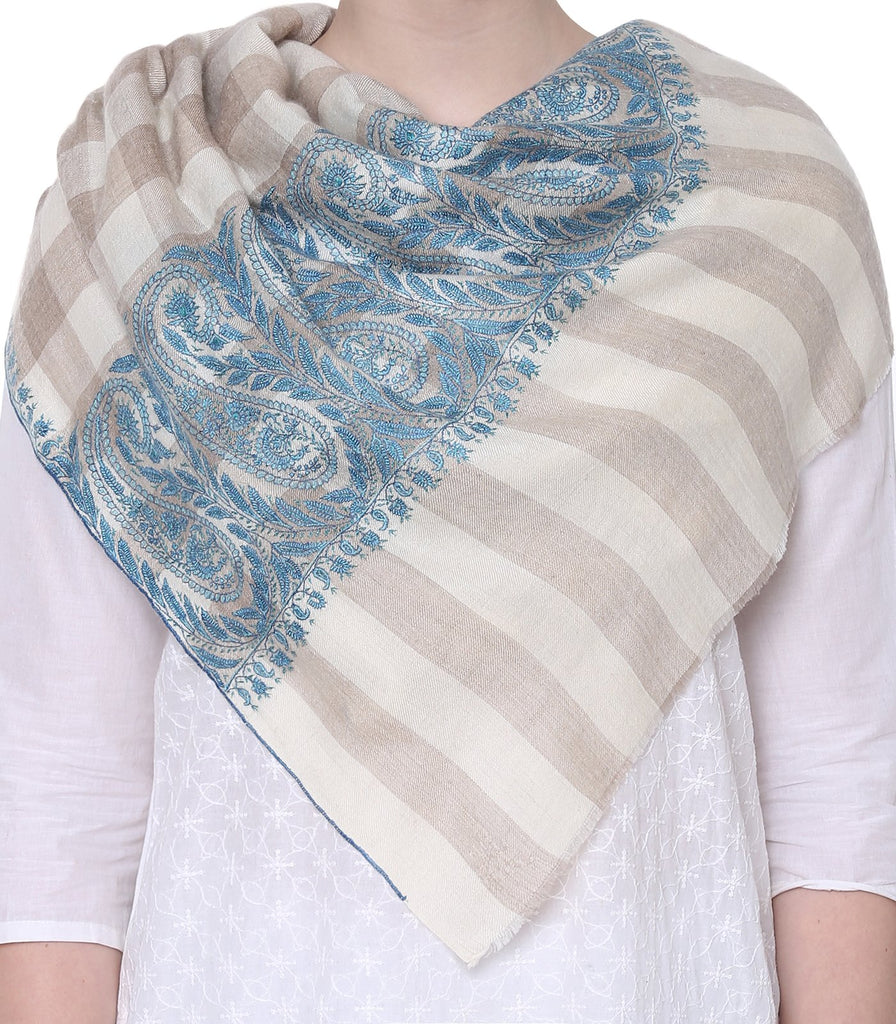 Beige & White Checks Pashmina with Blue Silk Thread Pasileys on Border & Palla