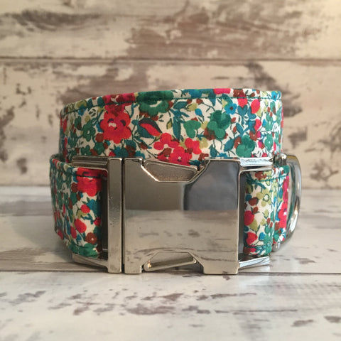 METAL SALE - Liberty Green & Red Floral - Dog Collar