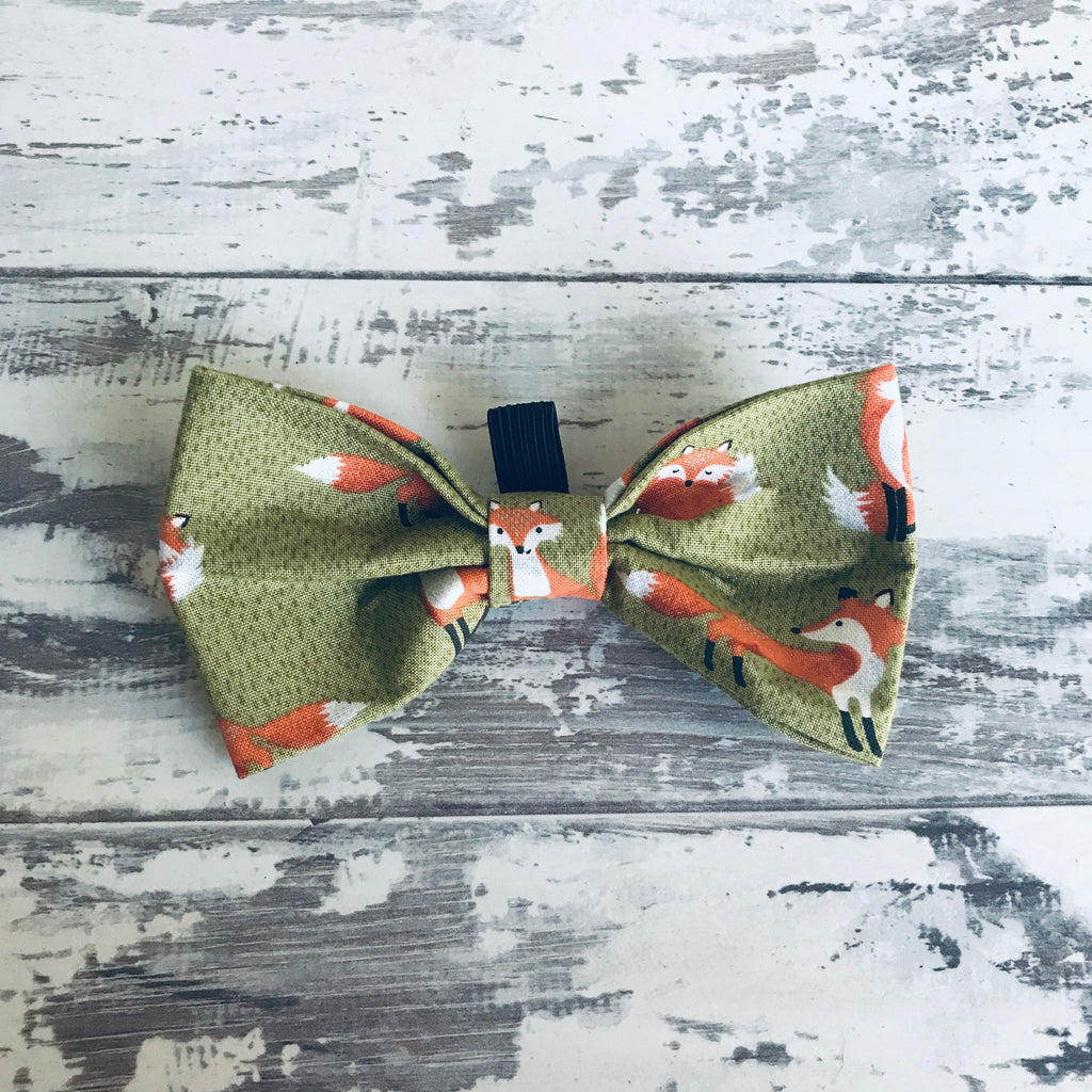 Foxes Bow Tie