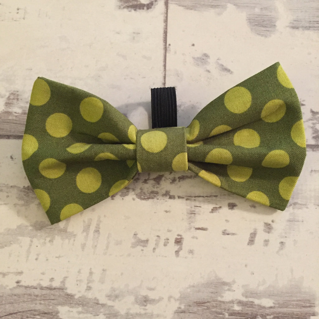 The Black Dog Company Bow Ties Moss Spots Bow Tie