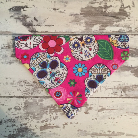 The Black Dog Company Pink Skulls - Bandana