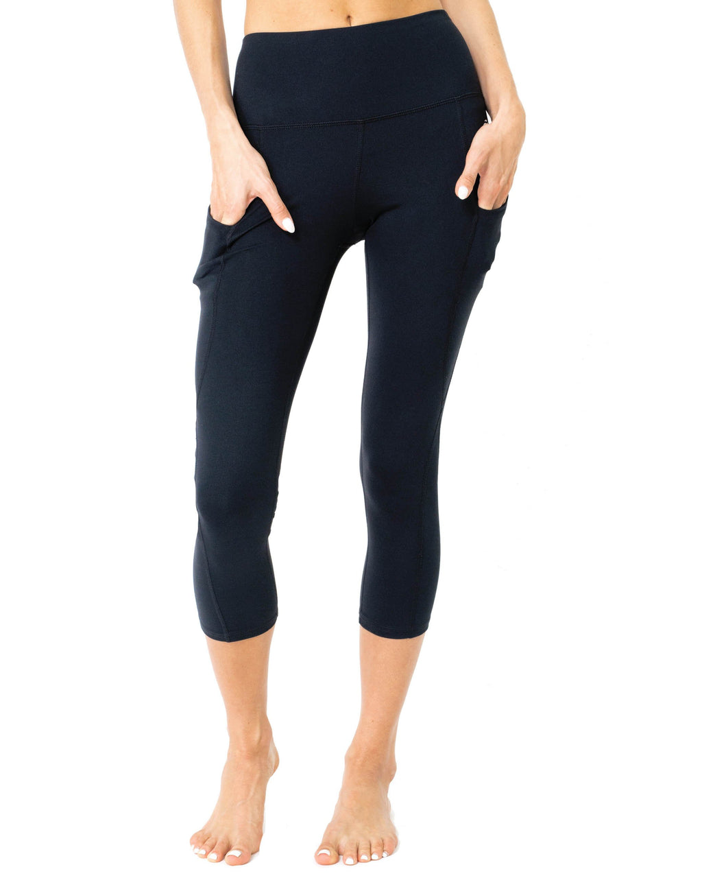 """NO LOGO"" SICKO High-Waisted Capri Leggings With Hip Pockets"