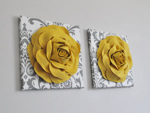 Slate Gray Roses on White and Gray Damask Canvas Wall Art - Daisy Manor