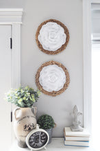 Load image into Gallery viewer, Rose Flower on Round Rattan - Daisy Manor
