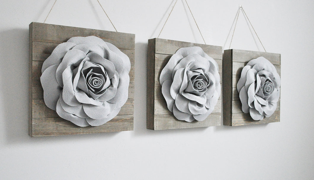 Three Grey Roses on Reclaimed Wooden Wall Plank Set - Daisy Manor