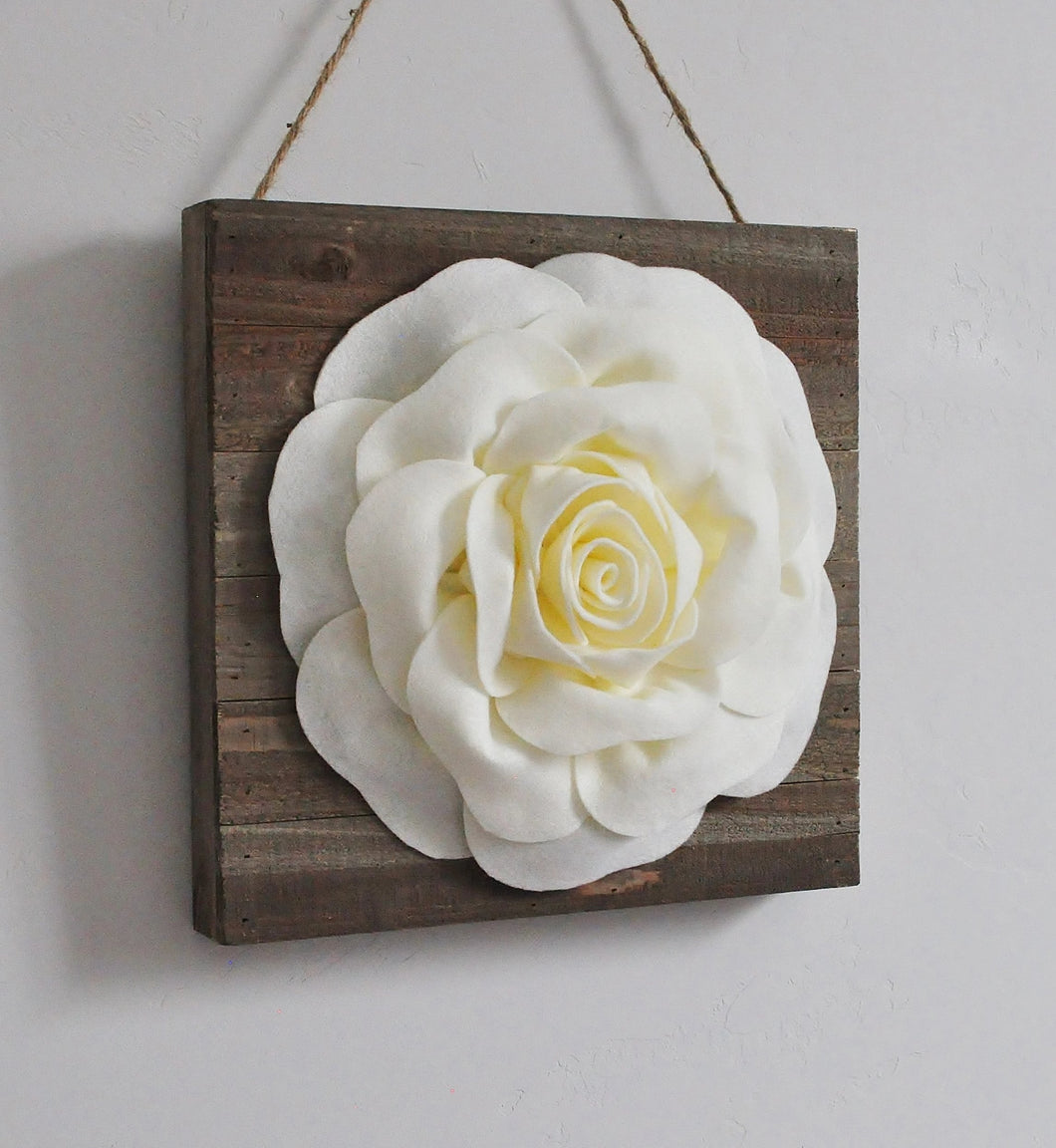 Large Rose on Wood Canvas - Daisy Manor