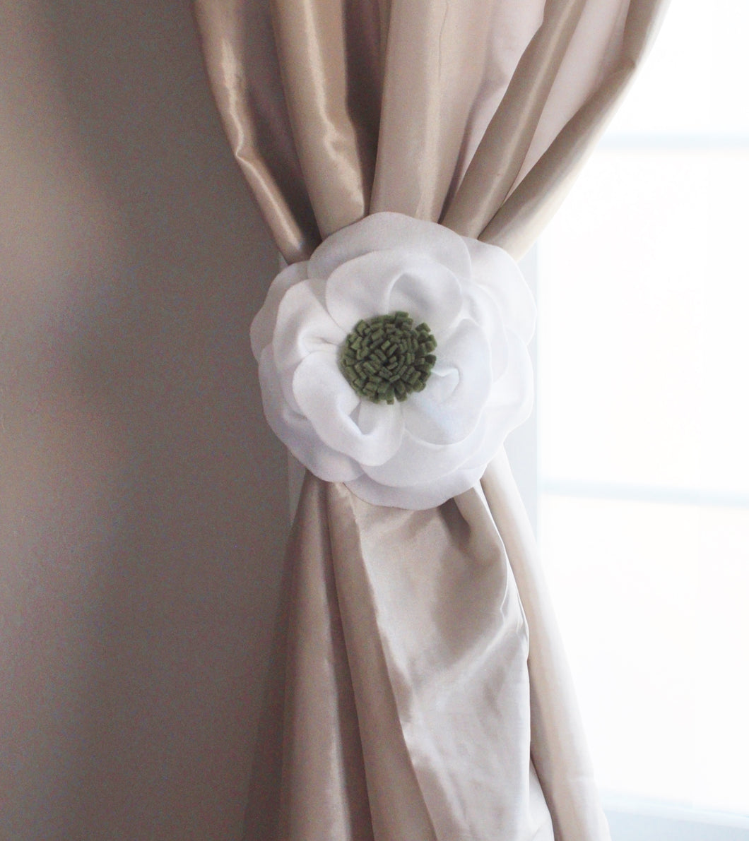 Poppy Flower Curtain Tie Back - Daisy Manor