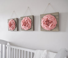 Load image into Gallery viewer, Blush Rose Wood Wall Decor Set - Daisy Manor