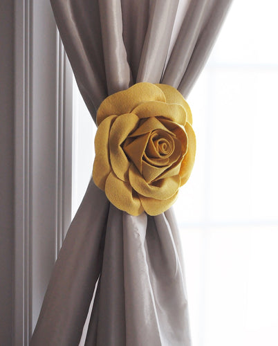 Mellow Yellow Rose Curtain Tieback - Daisy Manor