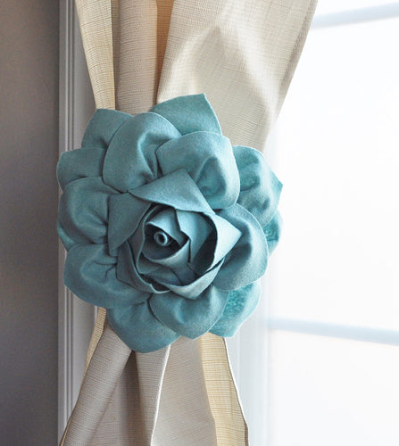 Dahlia Flower Curtain Tie - Daisy Manor