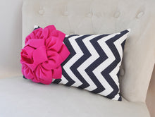 Load image into Gallery viewer, Chevron Lumbar Pillow - Daisy Manor