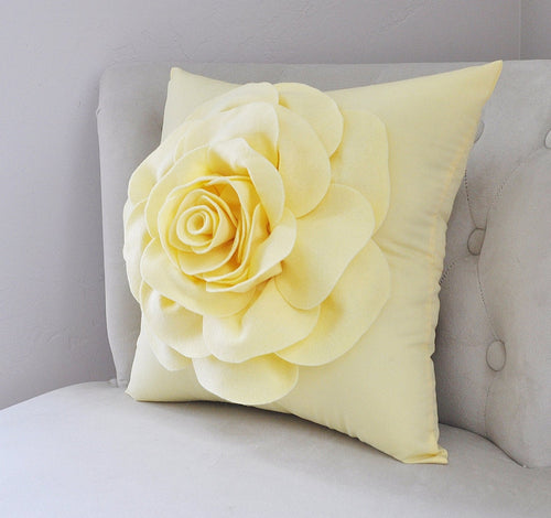 Light Yellow Pillow - Daisy Manor