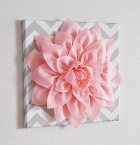 Light Pink Wall Flower - Daisy Manor