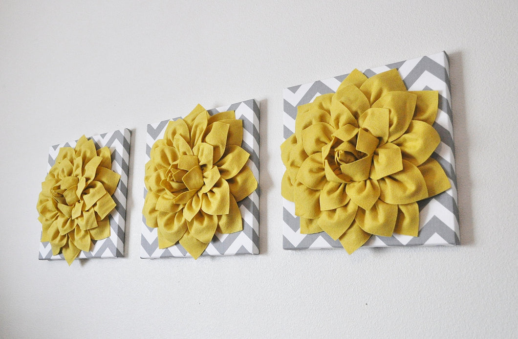 Mellow Yellow Dahlia Flowers on Gray Chevron - Daisy Manor