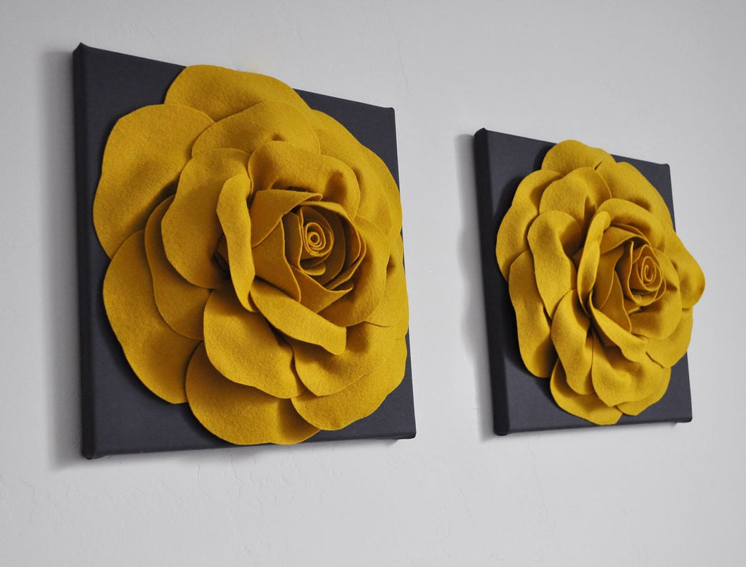 Wall Flower Rose on Charcoal - Daisy Manor