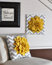 "Load image into Gallery viewer, Wall Flower - Dark Turquoise Dahlia on Gray and White Chevron 12 x12"" Canvas Wall Art- 3D Felt Flower - Daisy Manor"