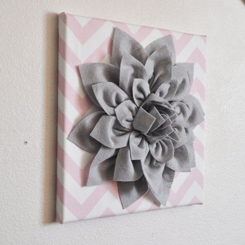 Light Pink / Grey Wall Decor - Daisy Manor