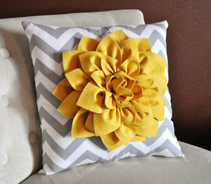 Mellow Yellow Accent Pillow - Daisy Manor