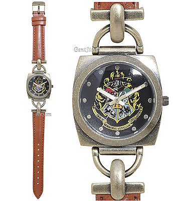Harry Potter Hogwarts Crest Faux Leather Strap Women's Watch In Metal Tin NEW Warner Bros 1