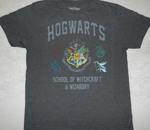 "Harry Potter ""Hogwarts School of Witchcraft & Wizardry"" T-shirt New Harry Potter"