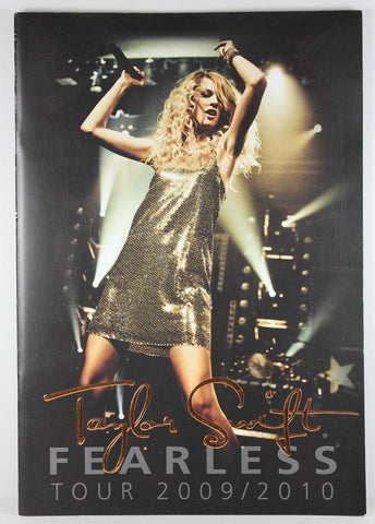Officially Licensed Taylor Swift Fearless Concert Tour Program Book 2009 / 2010 - Animetee