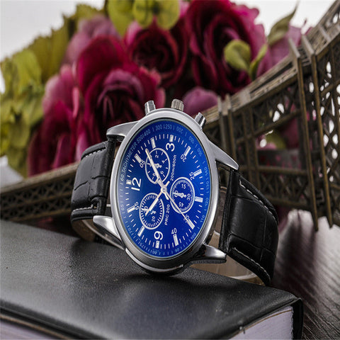 Creative Watch Men Brwon Luxury Fashion Faux Leather Strap Blue Ray Glass Dial Quartz Watch Casual Males Business Watches