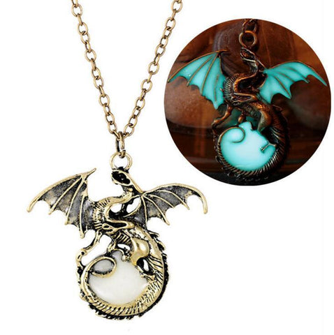 Winter Game of Thrones GOT Targaryen  Dragon Necklace Stainless Steel Metal Pendant Daenery Targaryen Dragon Badge Necklace Womens Gifts Toy AT_77_7