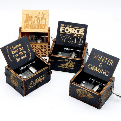 Star Wars Force Episode 1 2 3 4 5 New Wooden Music Box Game of Thrones The Legend of Zelda Let le go Sailor Moon  Davy Jones  Godfather  War Christmas Gift AT_72_6