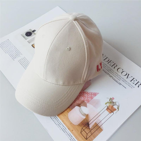 Trendy Winter Jacket 2018  BTS CLASSCIAL LOVE YOURSELF TOUR LY letter embroidery Hats adjustable Baseball cap unipue style unisex AT_92_12