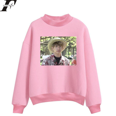 KPOP BTS Bangtan Boys Army  LUCKYFRIDAYF 2018  Jungkook Hawaii Spring Oversized Turtleneck Sweatshirt Women/Men Hoodies Printed Sweatshirt Plus Size AT_89_10
