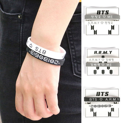 1 Pair KPOP Black And White K-POP BTS Bangtan Boys Wristband Chain Silicone Bracelets Friendship Wrist Band Gifts