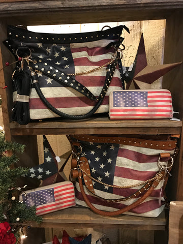 BROWN Purse w/ Americana Design