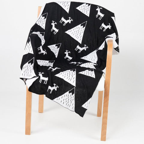 Wall and Wonder Bedding Mountain Knitted Blanket - Black & White
