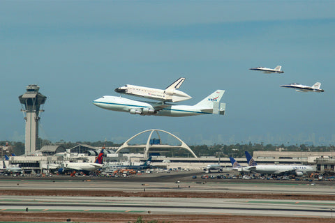 Endeavour Arrives at LAX Postcard