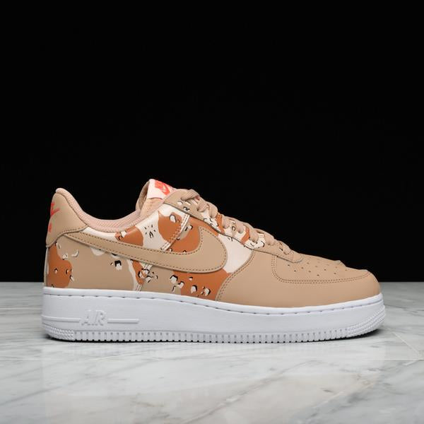 AIR FORCE 1 `07 LV8