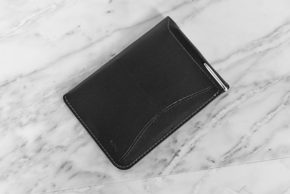 PASSPORT SLEEVE LO - BLACK