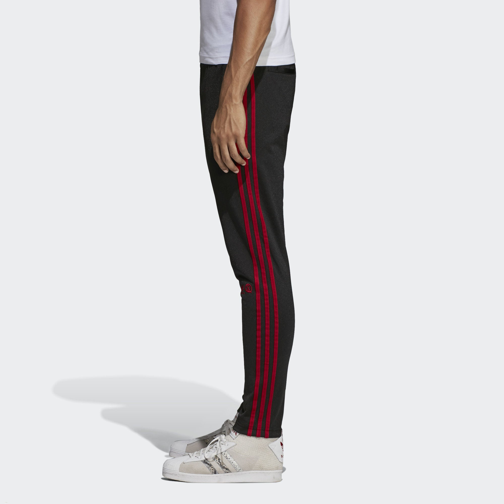 UA & SONS TRACK PANTS - BLACK