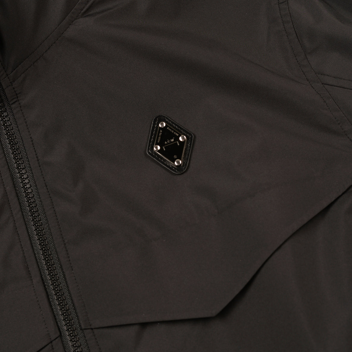 RHOMBUS STORM JACKET - BLACK