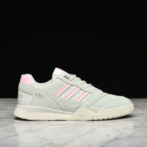 A.R. TRAINER - LINEN GREEN / TRUE PINK