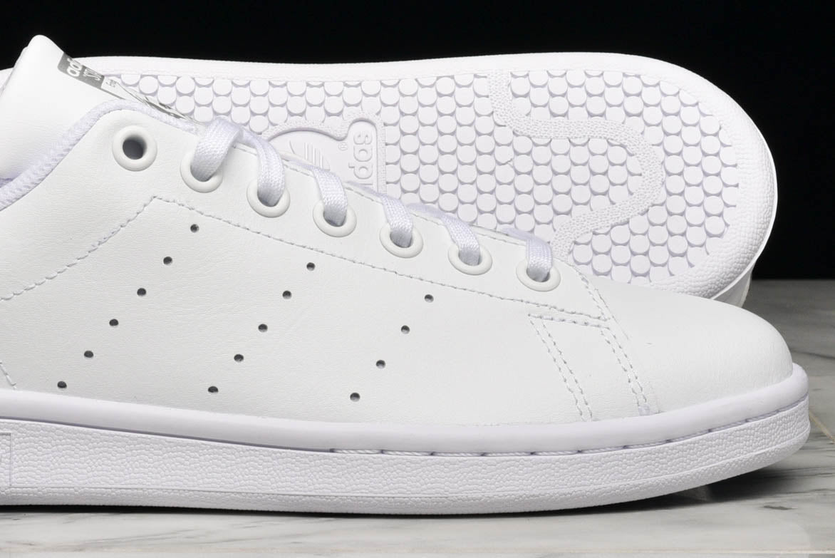 pick up 50bae 559a9 STAN SMITH (GS) - WHITE / IRIDESCENT SILVER