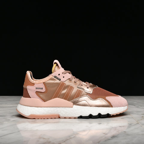 WMNS NITE JOGGER - ROSE GOLD METALLIC / VAPOUR PINK / BLACK