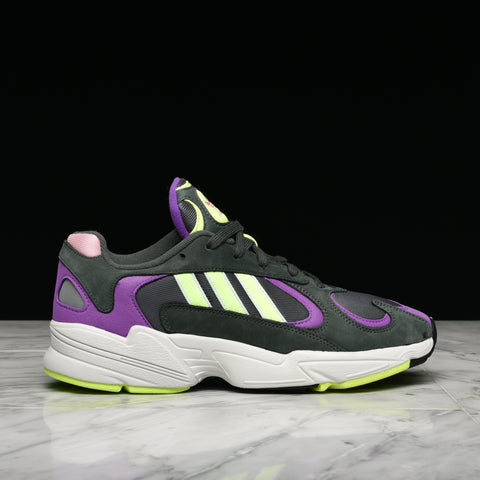 YUNG-1 - LEGEND IVY / HI RES YELLOW / ACTION PURPLE