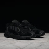 "YUNG-1 ""TRIPLE BLACK"""