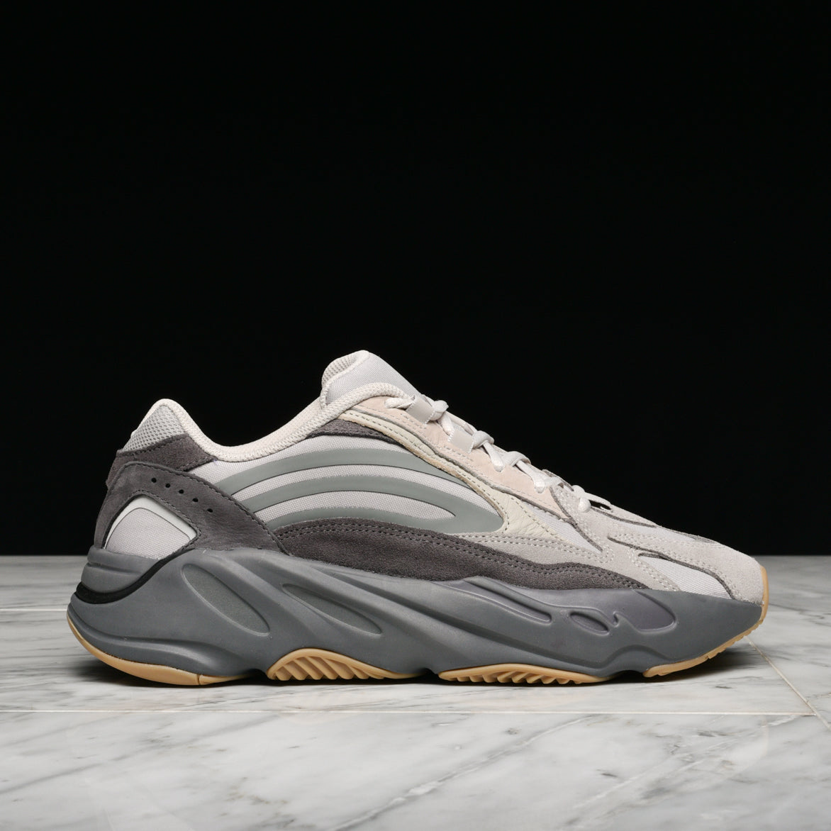 newest collection 4785a 50ee9 YEEZY BOOST 700 V2