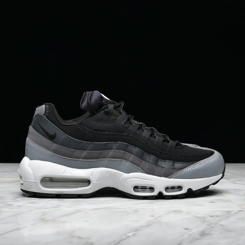 NIKE AIR MAX 95 ESSENTIAL - BLACK / DARK GREY