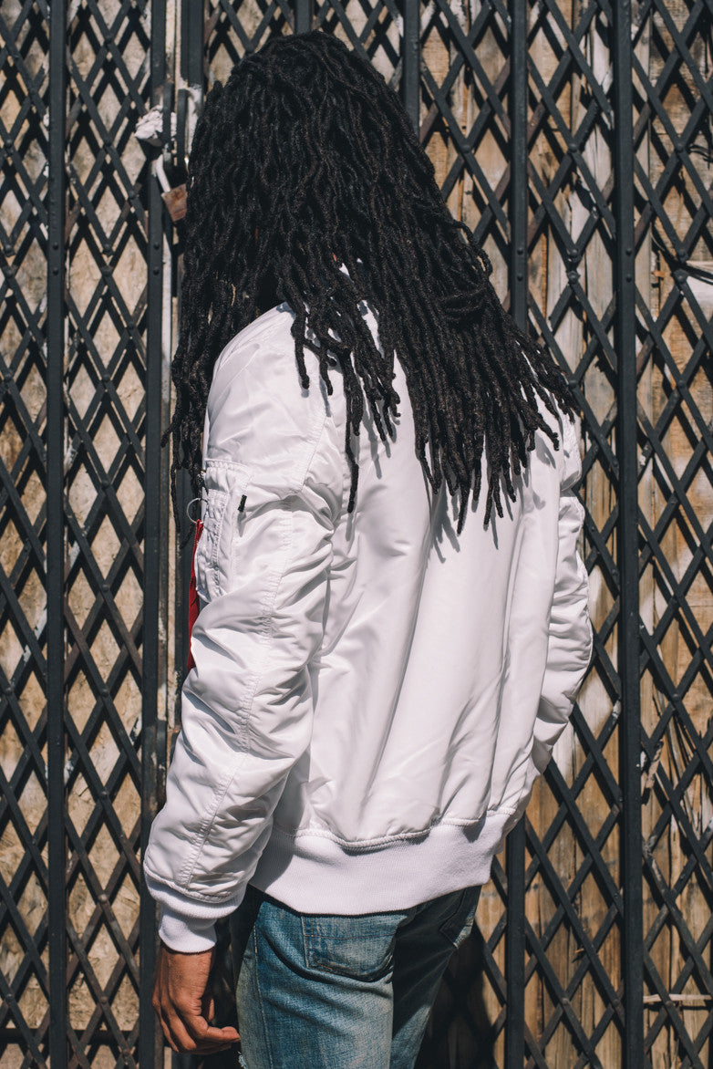 MA-1 SLIM FIT FLIGHT JACKET - WHITE