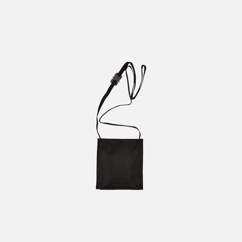 PASSPORT CROSSBODY BAG - BLACK