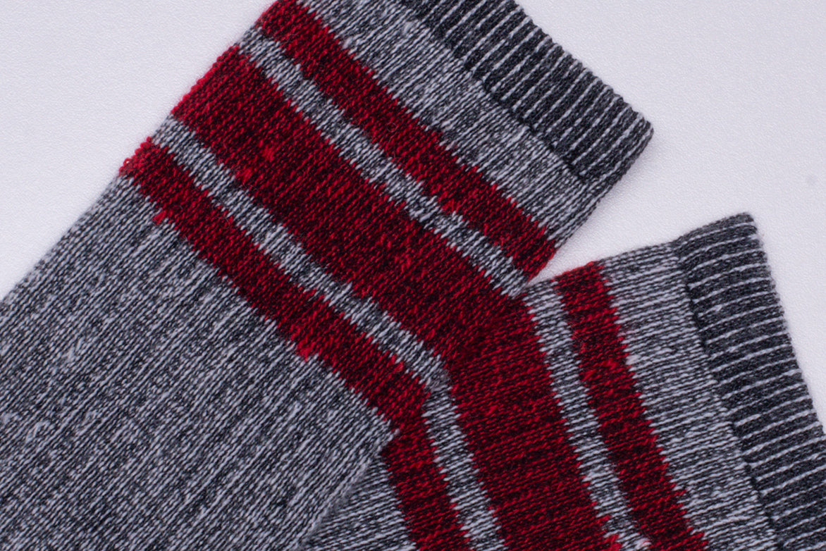 MERINO ACTIVITY SOCK W/ SILVER - RED