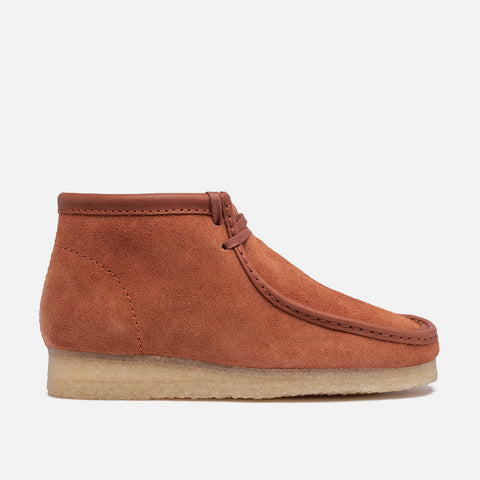 WALLABEE BOOT - TAN SUEDE